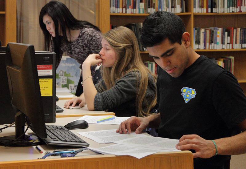 Students study in Van Wylen Library