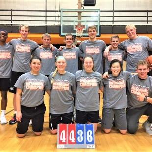 Fall 2017 more competitive coed basketball: Washed Up defeated Wolfpack.