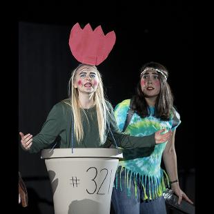 """2021 Play performs """"A Tulip Tizzy"""""""