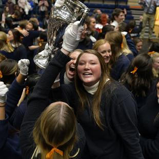 The Class of 2022 celebrates winning the Nykerk Cup.