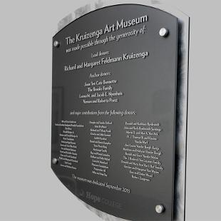 Plaque recognizing major donors to the Kruizenga Art Museum project.