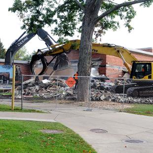 Demolition of Nykerk Hall of Music. Photo by Lynne Powe on October 1, 2015