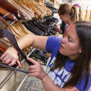 "Hope students participated in a service project at Ditto Upscale Resale through the college's annual ""Time to Serve"" program.  Photo by Neil Travers on September 12, 2015"