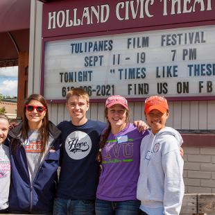 "Hope students participated in a service project at Holland Civic Theatre through the college's annual ""Time to Serve"" program.  Photo by Neil Travers on September 12, 2015"