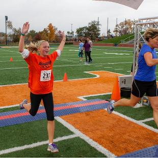 Homecoming 5K Run. Photo by Neil Travers on October 24, 2015