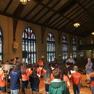Awakening students worship together in Dimnent Chapel.