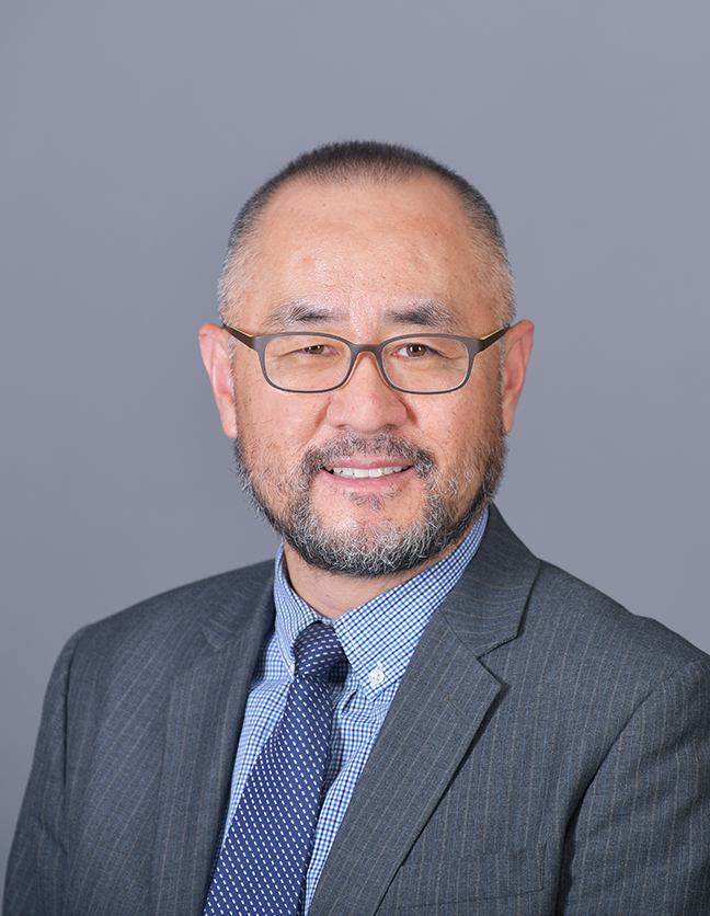 A photo of Dr. Choonghee Han