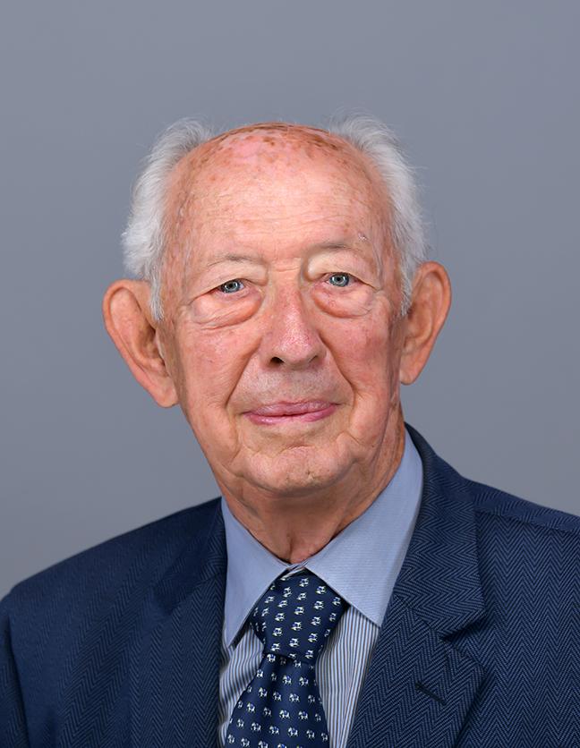 A photo of Dr. Donald Bruggink