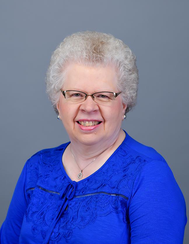 A photo of Edna Zeeff