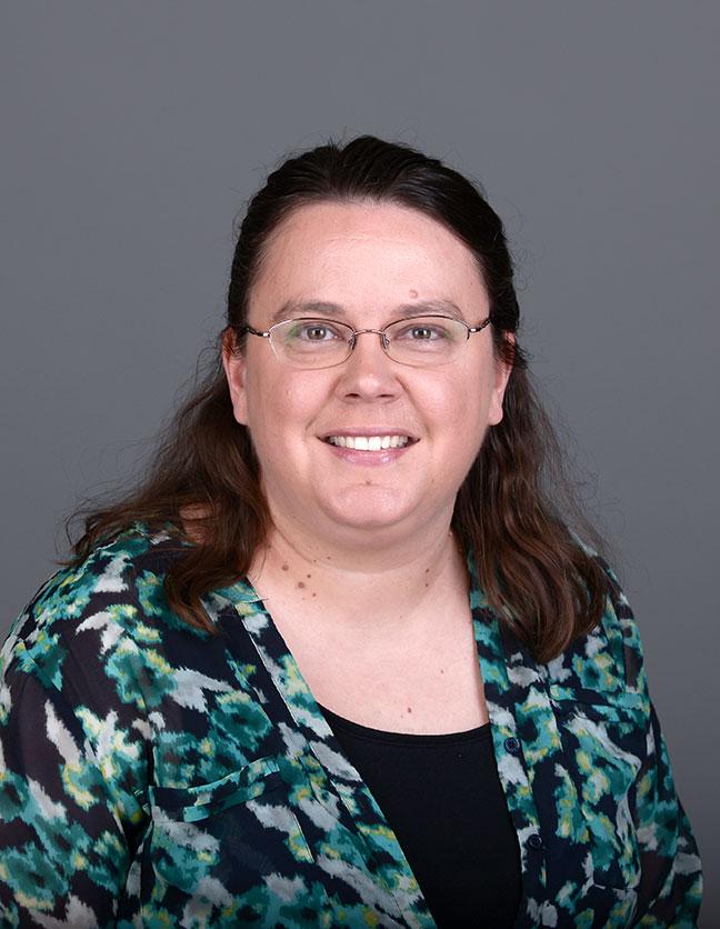 A photo of Dr. Jennifer Hampton