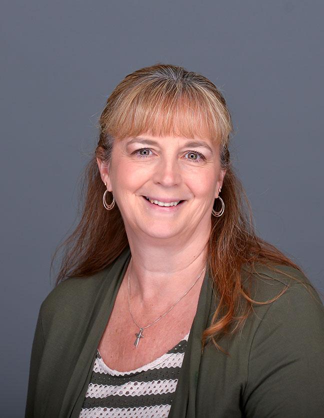 A photo of Linda Hulst