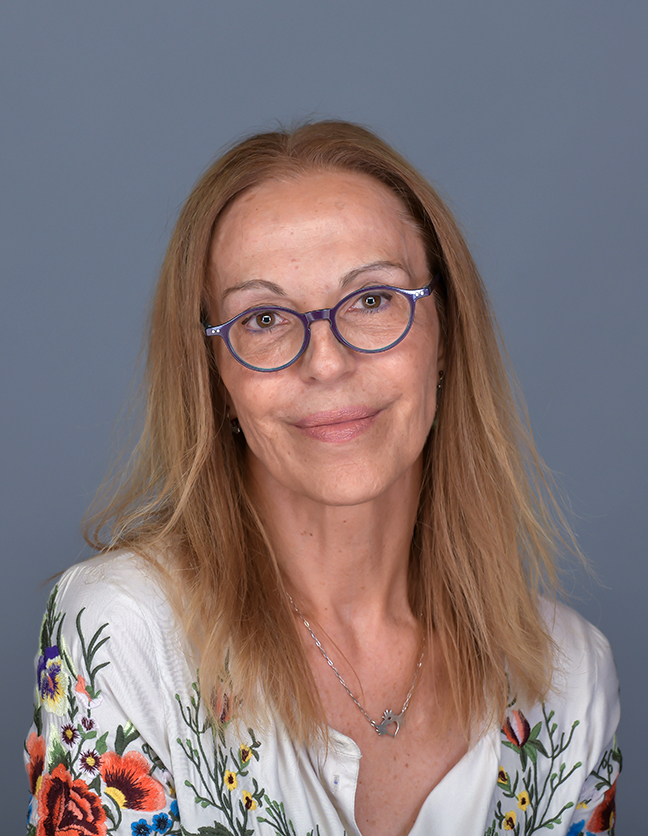 A photo of Dr. María André