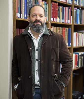 Dr. Pablo Peschiera
